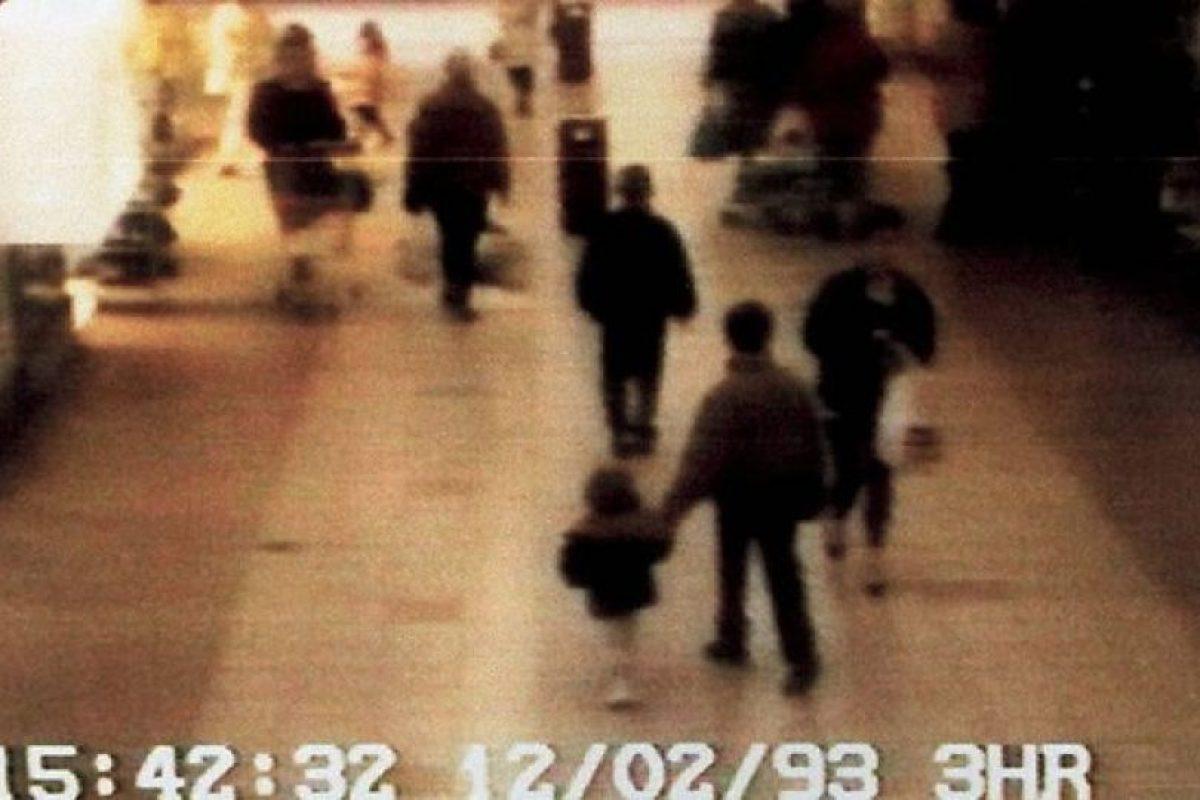 La imagen captada por la cámara de seguridad que permitió esclarecer el crimen Foto:Reproducción. Imagen Por: