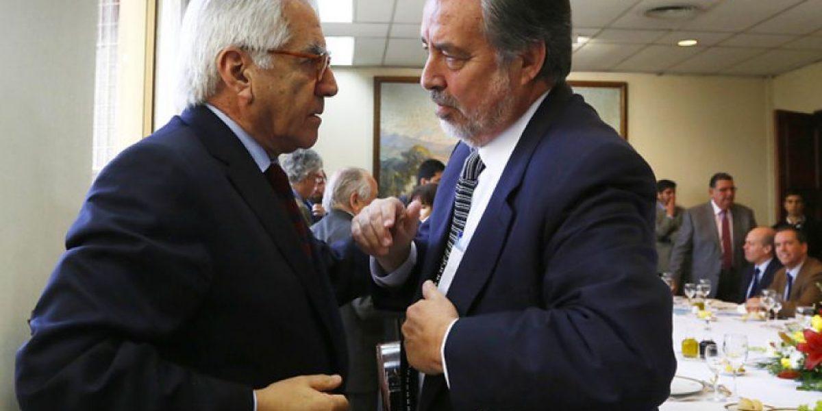 Diputados DC no asisten a cena en protesta por dichos de Guillier sobre Fernández