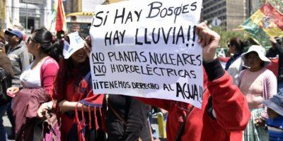 La difícil vida en la capital de Bolivia con tres horas de agua al día