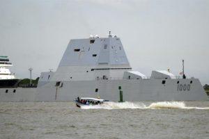 El destructor USS Zumwalt, de US$ 4.000 millones. Foto:EFE. Imagen Por: