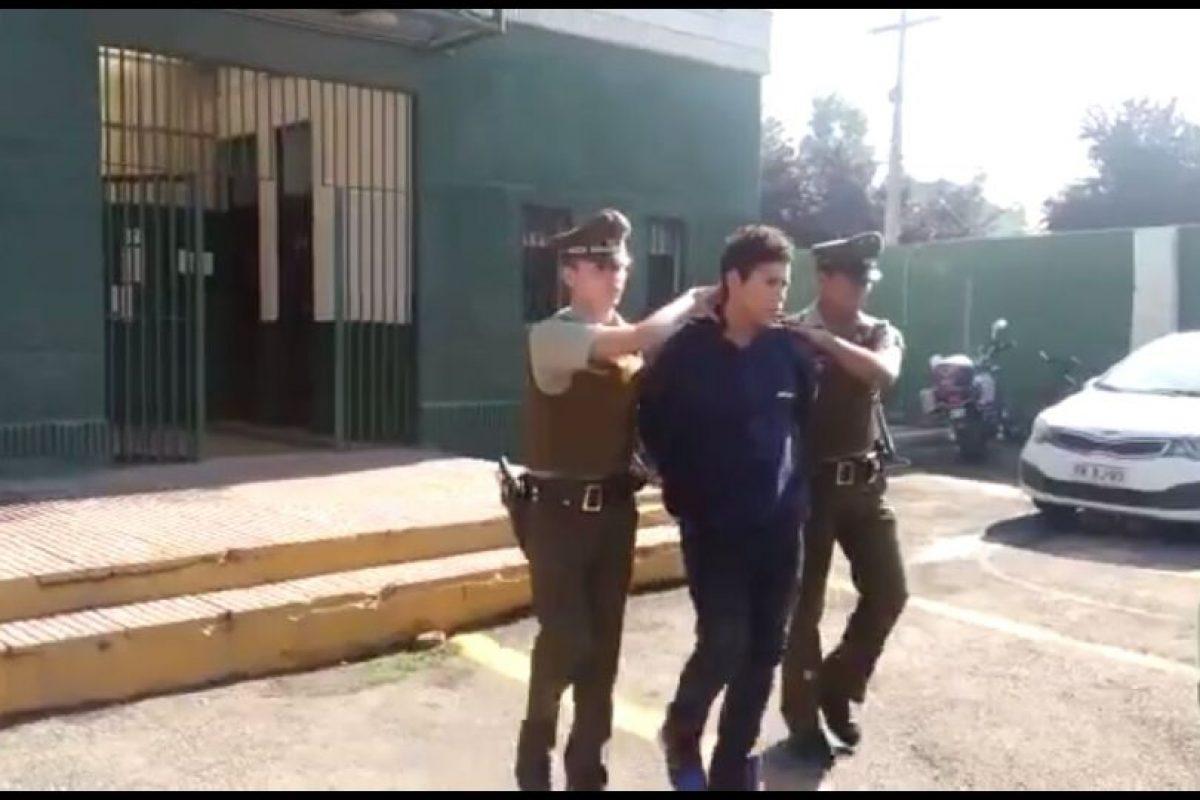 El acusado habría interceptado a la adolescente en una plaza de la comuna el miércoles pasado, obligándola a irse con él a su casa. Foto:Rodrigo Fuentes / Publimetro. Imagen Por: