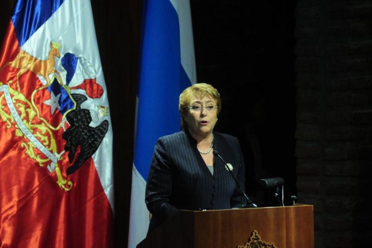 """Michelle Bachelet se ubica en el puesto número 14 de políticos influyentes en Twitter, según el estudio """"Twiplomacy"""" que considera un ranking de 50 personas. Foto:Agencia UNO. Imagen Por:"""