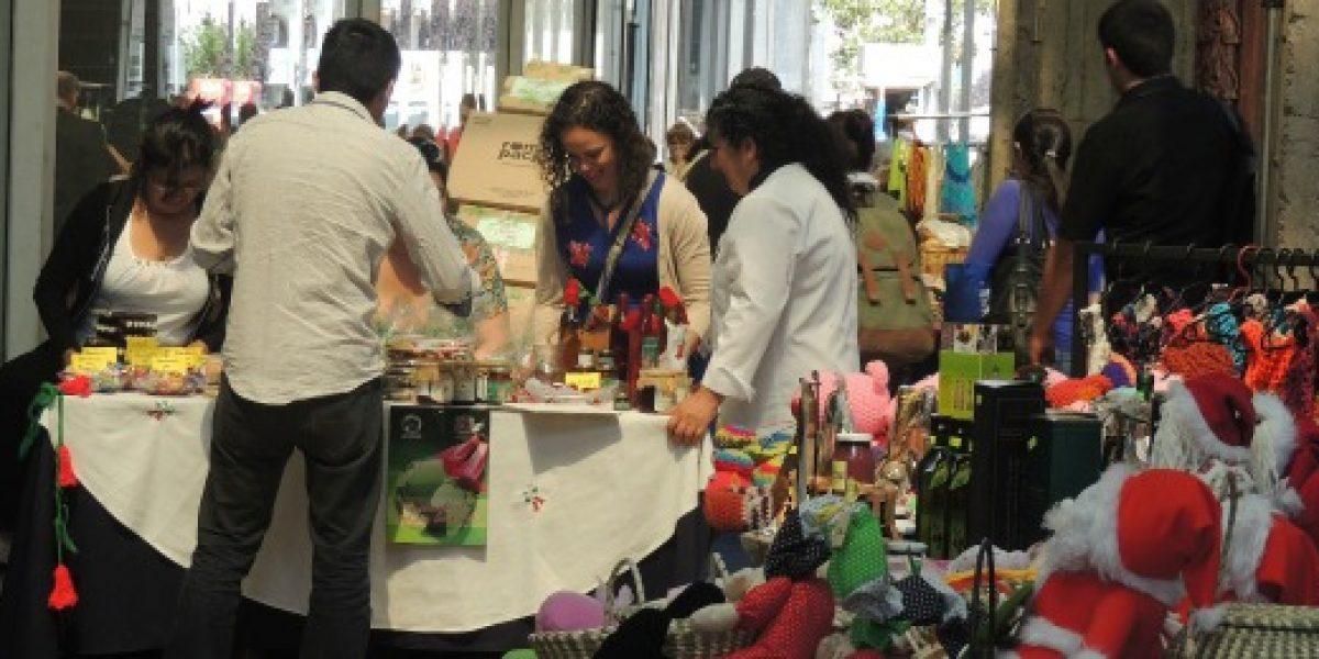 Emprendedores de Fondo Esperanza alistan bazar navideño