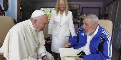 La Iglesia Católica: de opositora de Fidel a compañera de viaje de Raúl Castro