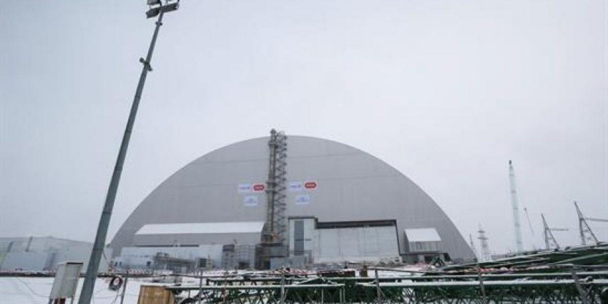 Inauguran la cúpula que cubrirá el reactor de Chernóbil durante 100 años