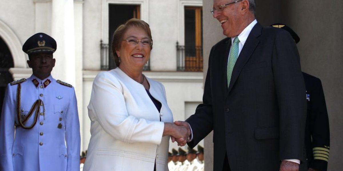Bachelet se reúne en La Moneda con su par peruano Pedro Pablo Kuczynski