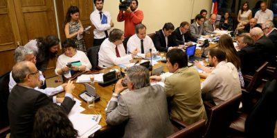 Comisión mixta aprueba gratuidad debido a la extensión de becas a universidades privadas