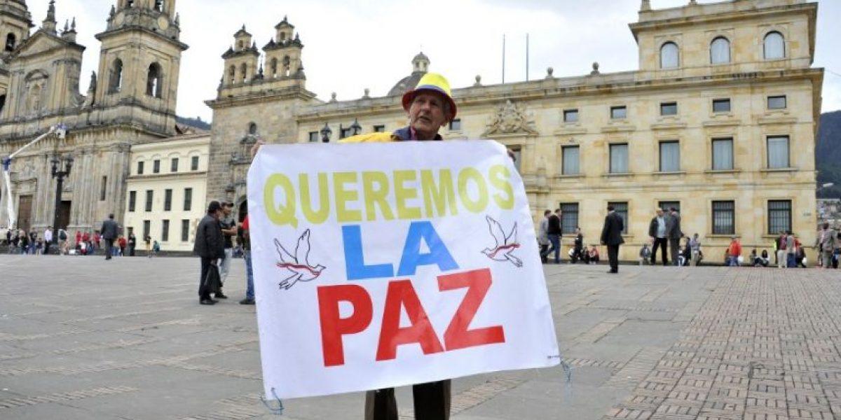Senado de Colombia aprueba acuerdo de paz con la guerrilla FARC