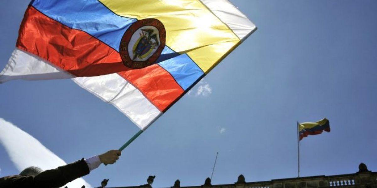 Congreso de Colombia ratifica acuerdo de paz con guerrilla FARC