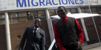 Tres de cada cuatro migrantes que llegan a nuestro país son latinoamericanos. En materias económicas, dos tercios se ubican en los quintiles socioeconómicos más altos de la población en Chile y el tercio restante en el más bajo. Foto:Agencia UNO. Imagen Por: