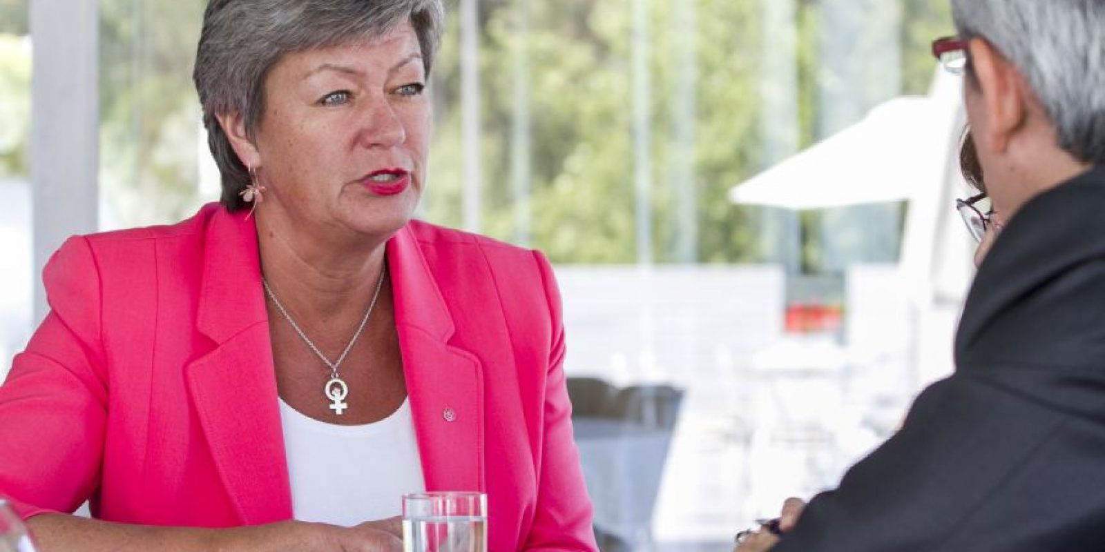 """La ministra de Empleo sueca estuvo la semana pasada en Chile para mostrar los buenos resultados del """"modelo laboral sueco"""", aunque se resiste a dar consejos para la realidad chilena. La secretaria de Estado ve con preocupación los aires proteccionistas de Donald Trump: """"Creo que habrá un impacto y que va a ser muy negativo. Me apena mucho que ya no se vaya a firmar el acuerdo de libre comercio con la UE y también me preocupa lo que va a pasar con el Acuerdo de Cambio Climático de París"""". Foto:Sylvio García / Publimetro. Imagen Por:"""