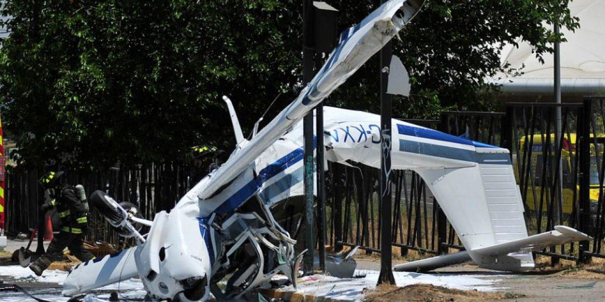Peñalolén: avioneta cae en las cercanías del aeródromo de Tobalaba y deja dos heridos