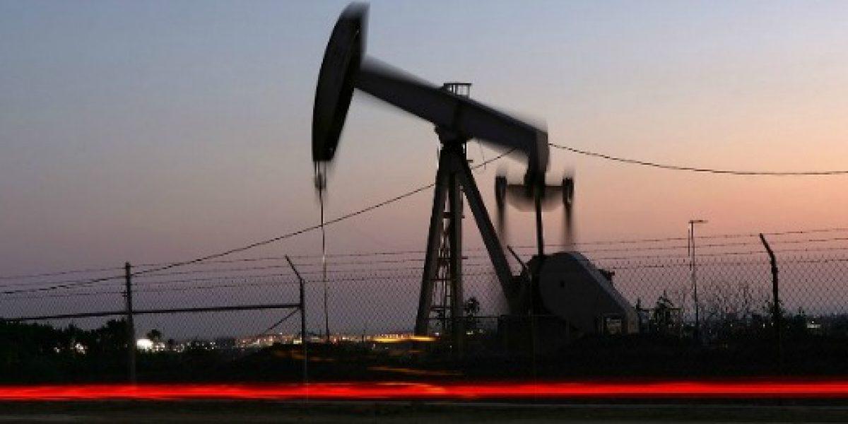 El precio del barril de petróleo Opep supera los 50 dólares por primera vez en más de un año