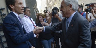 El ex Presidente Piñera acompañó a Alessandri en la ceremonia. Foto:Aton. Imagen Por: