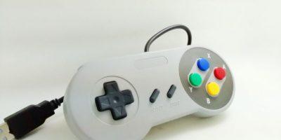 Los controles retro imitan a los controles de consolas antiguas agregando un puerto usb para poder ser utilizados en computadores Foto:Captura. Imagen Por: