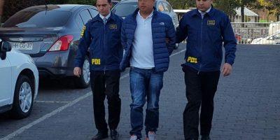 El sujeto que fue identificado como César Rojas González (37), mantiene residencia en nuestro país y fue detectado transportando los artefactos en su equipaje de mano. Foto:Rodrigo Fuentes / Publimetro. Imagen Por: