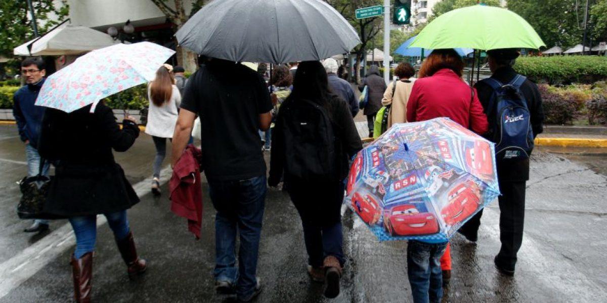 Meteorología confirma que desde 1991 no se registraban lluvias tan intensas durante diciembre en Santiago