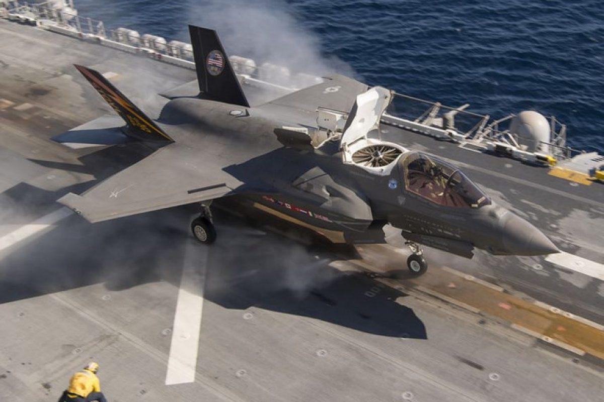 El caza F-35B, su versión de despegue corto y aterrizaje vertical. Foto:Lockheed Martin. Imagen Por: