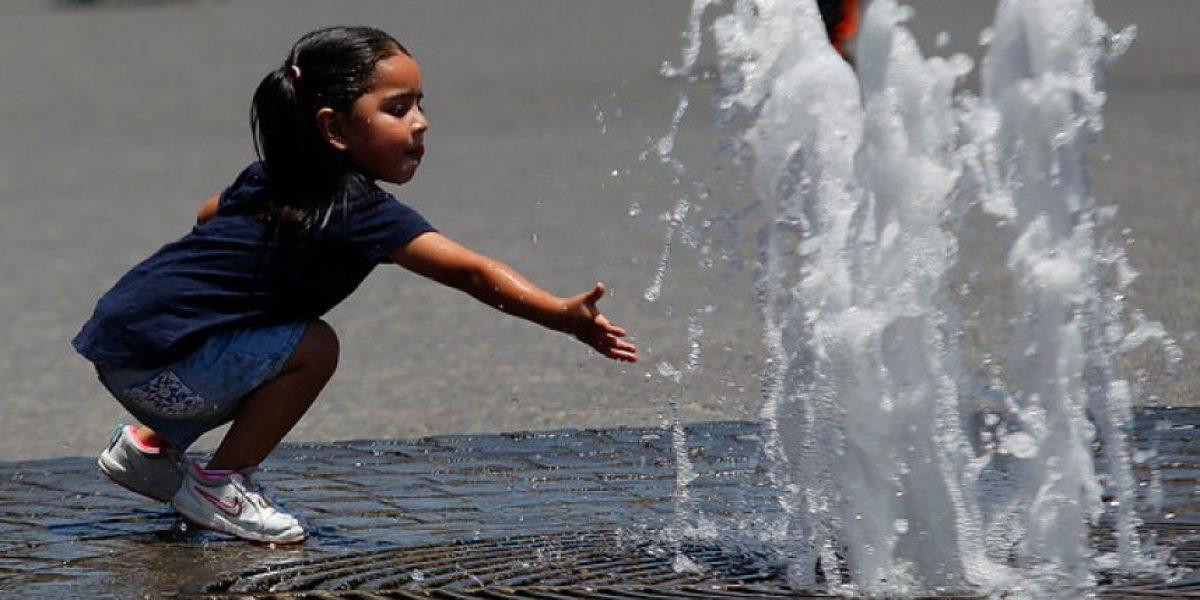 Ola de calor: ¿Por qué la sensación térmica en Santiago llegará a los 40 grados?