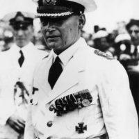 El comandante del Almirante Graf Spee, capitán de navío Hans Langsdorff. Foto:Getty Images. Imagen Por: