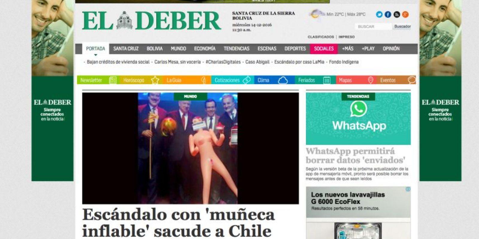 """El ministro Céspedes aseguró haber sido sorprendido con el regalo, pero indicó que """"pido disculpas. Lo ocurrido no se condice con el respeto por la dignidad las mujeres"""". Foto:Reproducción. Imagen Por:"""
