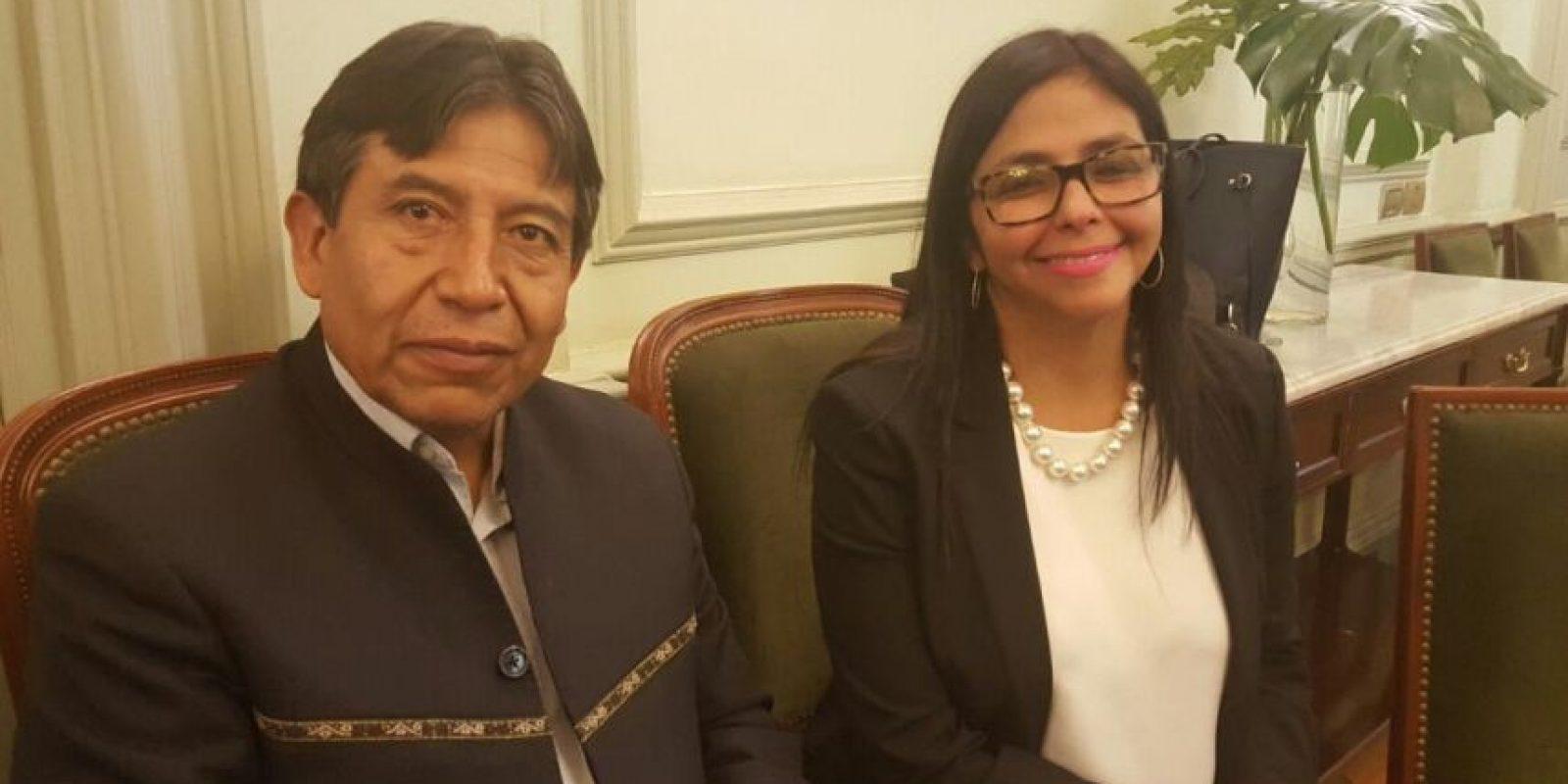 Imagen de Choquehuanca y Rodríguez esperando la llegada de los cancilleres del Mercosur. Foto:Twitter de Delcy Rodríguez. Imagen Por: