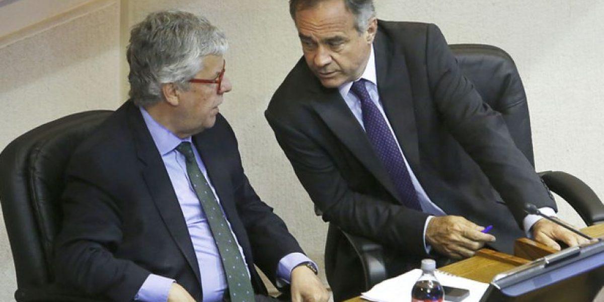 Senado aprueba legislar por proyecto que exime a médicos extranjeros del Eunacom