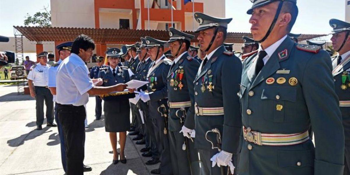 """Las FFAA de Bolivia gradúan a los primeros 150 militares """"antiimperialistas"""""""