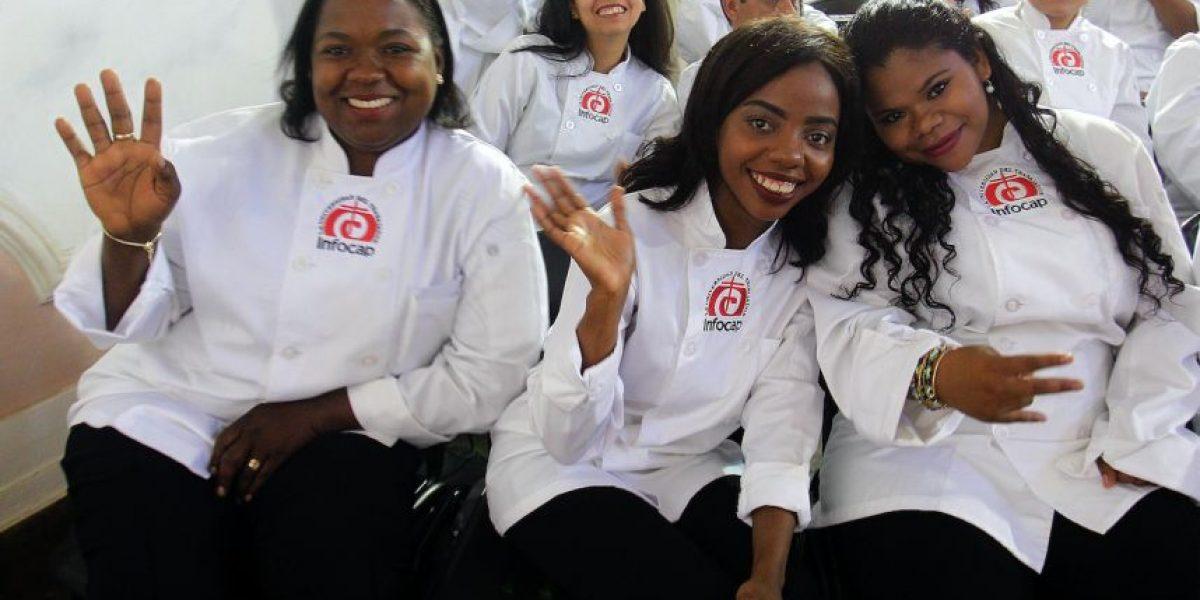 88% de los jóvenes considera que los extranjeros contribuyen al desarrollo del país