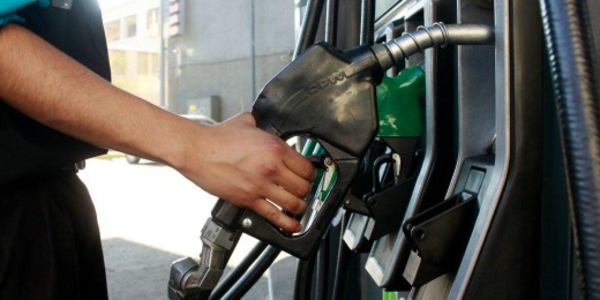 Precio de las bencinas subiría nuevamente el jueves