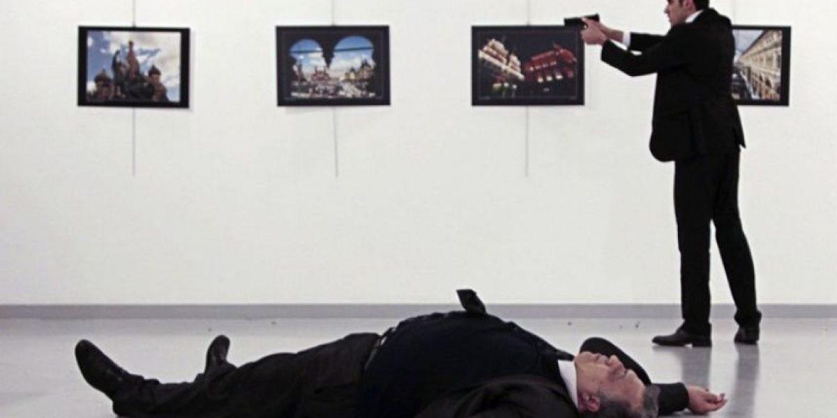 Revelan impactante nuevo video del asesinato del embajador ruso en Ankara