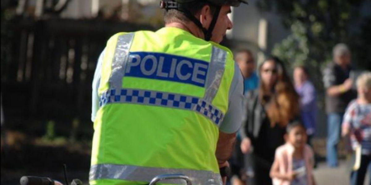 """Policía emite hilarante anuncio de """"se busca"""" para dar con inusual atacante"""
