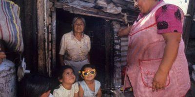 De acuerdo a los resultados que registra la CASEn 2015, un total de 13,1% de nnA habitan hogares no aceptables en sus condiciones materiales Foto:Getty. Imagen Por: