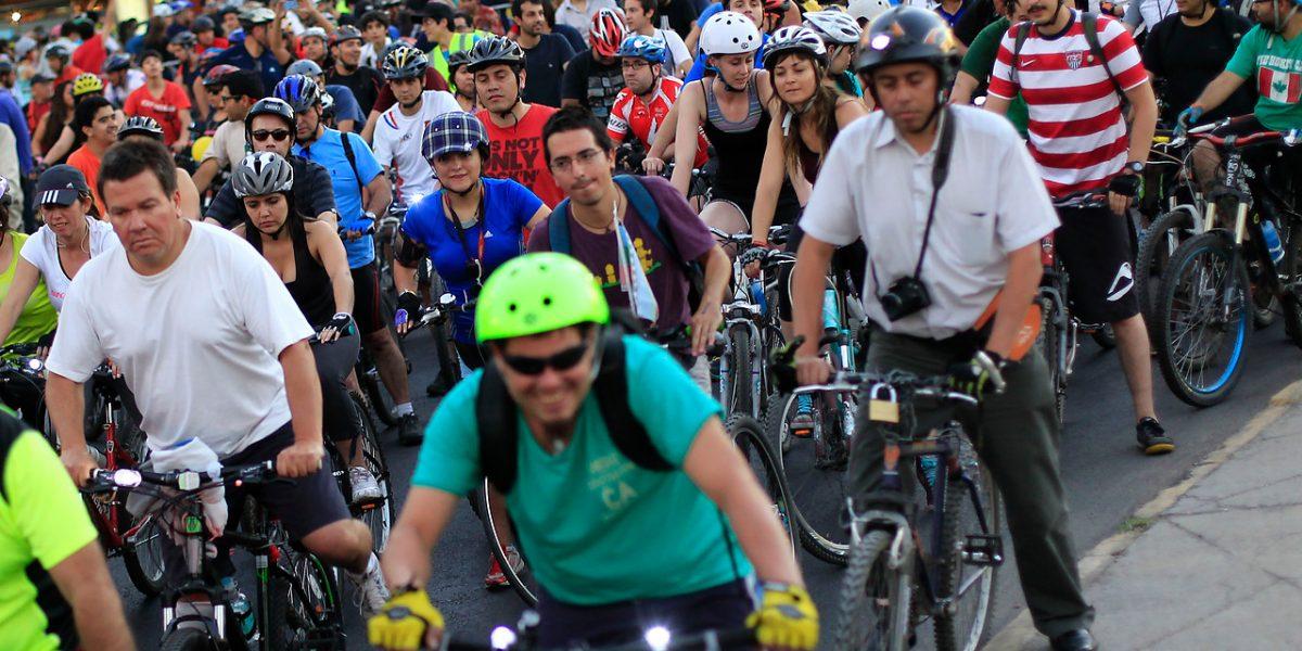 Furiosos Ciclistas critican proyecto Transantiago gratuito: