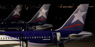 Aeronáuticos paralizan mañana los vuelos de Latam por 24 horas