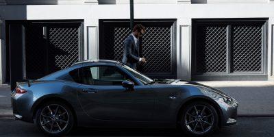 Mazda presenta en el país el MX-5 con techo retráctil rígido
