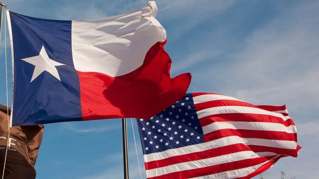 Proyecto busca sancionar a quienes utilicen emoji de la bandera chilena en Texas