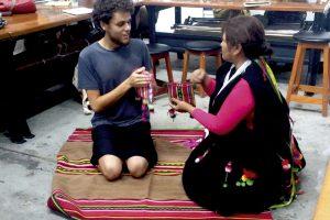 Aymara y Mapuche: Arte originario al mundo