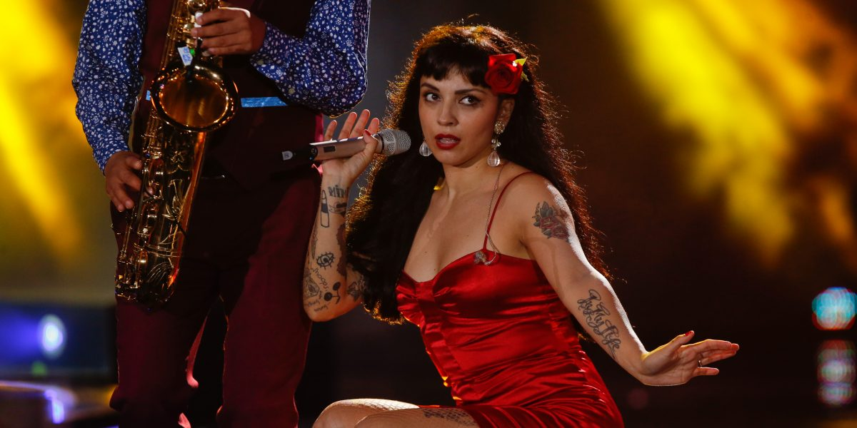 Mon Laferte se posiciona en prestigiosa lista de Billboard por sobre Lady Gaga y Coldplay - Imagen 1