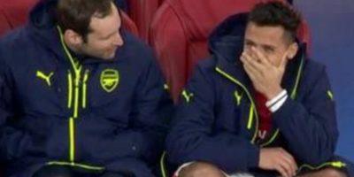 Cech salió en defensa de Alexis Sánchez por sus risas en Champions
