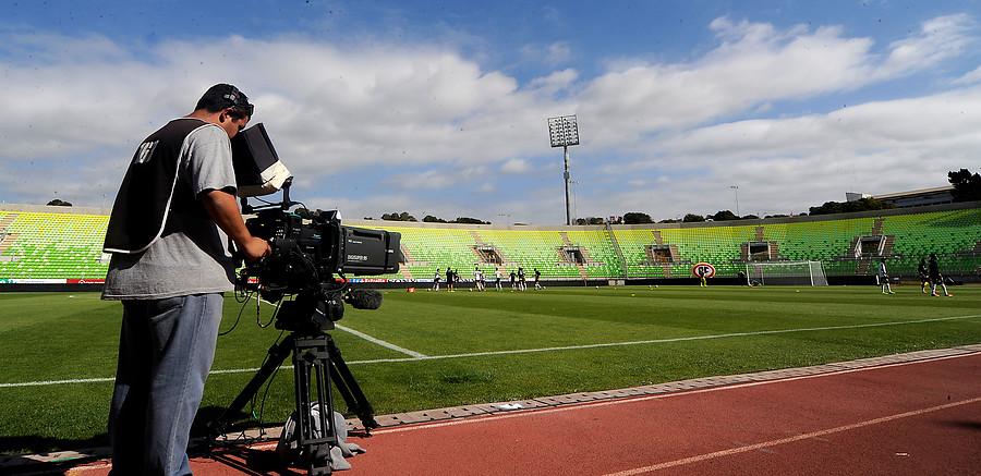 El fútbol chileno sólo lo transmite el CDF / AgenciaUno