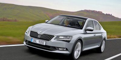 Škoda presenta en el país el sedán Premium Superb