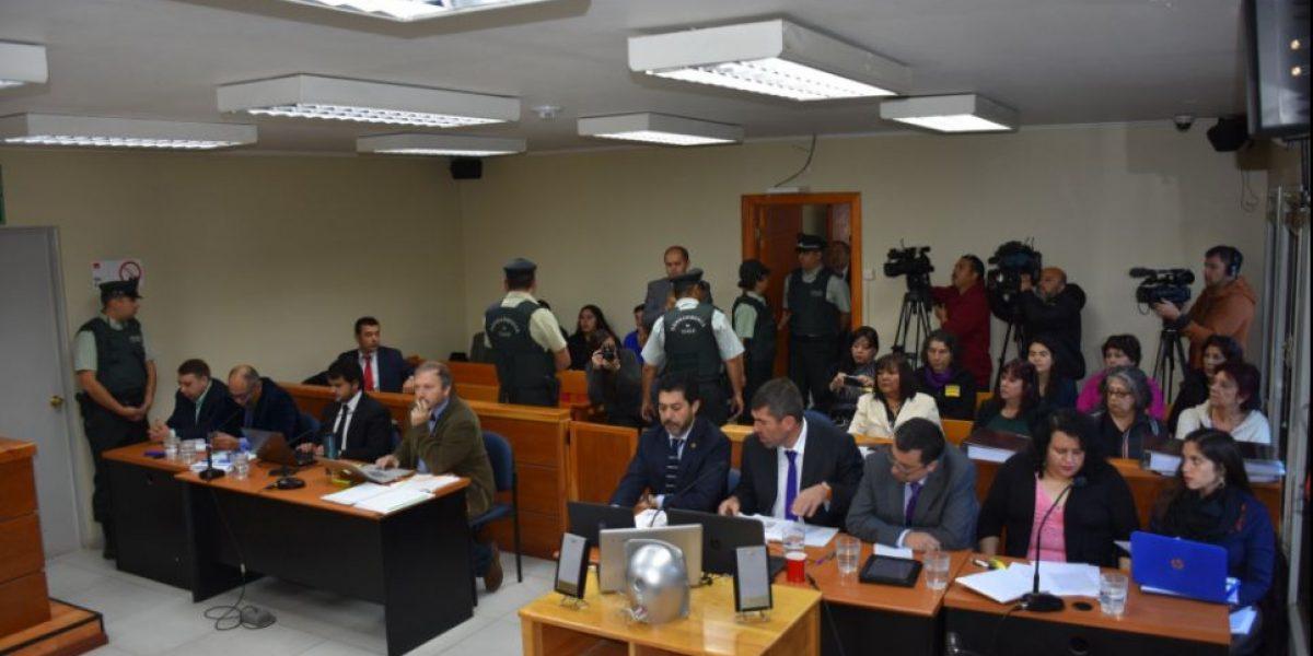 Resultado de imagen para jueces nabila rifo