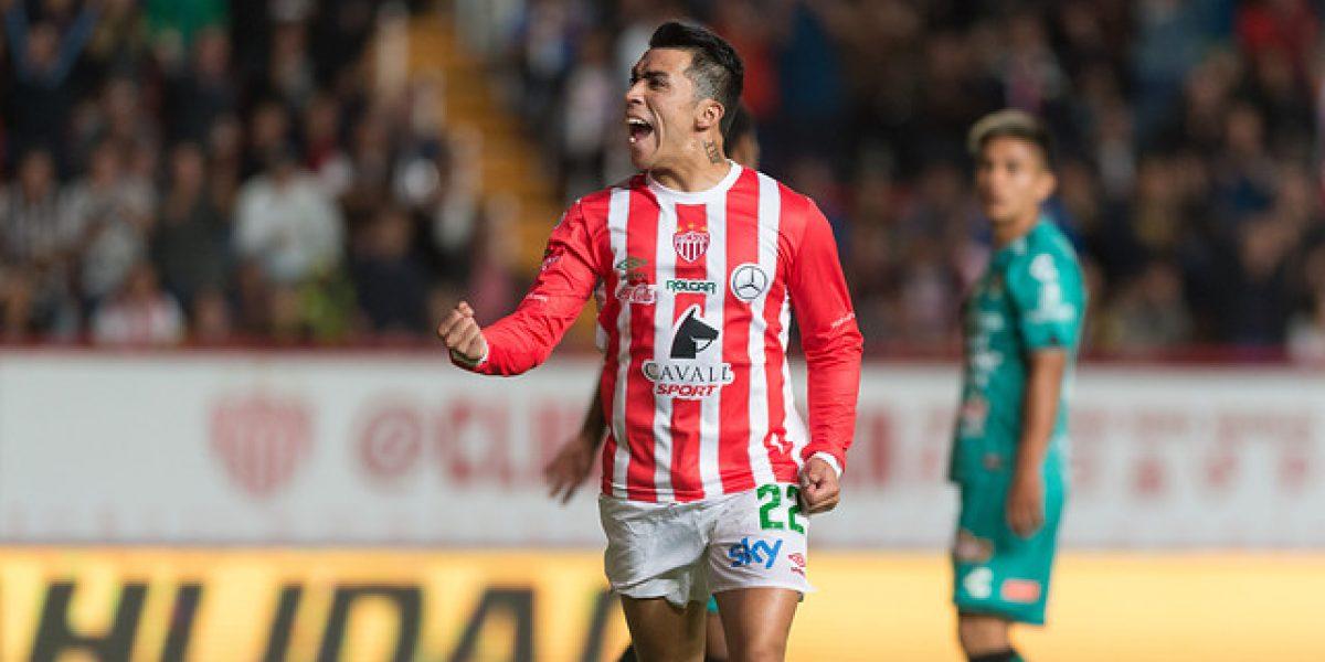 Edson Puch volvió al gol en México con un soberbio cabezazo