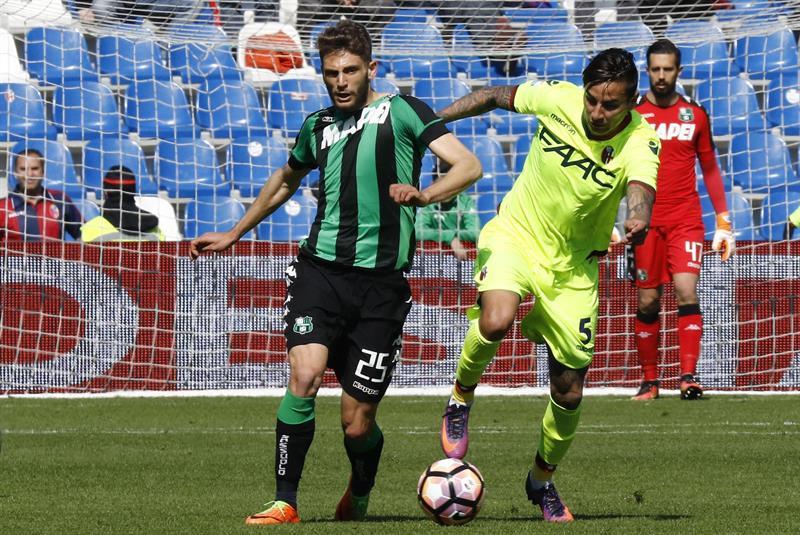 Pulgar viene siendo titular en Bologna, actuando como volante central / EFE