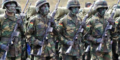 Carabineros detuvo a militares bolivianos incautando vehículos en Colchane