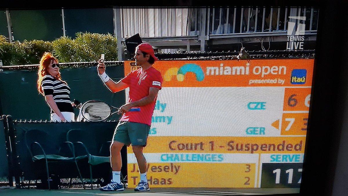 Una iguana interrumpió un partido de tenis en el Master de Miami