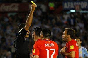 Los 11 jugadores de la Roja que jugarán al borde de la suspensión ante Venezuela