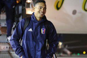 La 'juvenil' selección de Venezuela ya arribó a Chile para preparar el duelo ante la Roja