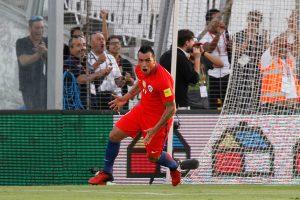 La FIFA destacó a Esteban Paredes y lo calificó de 'viejito monumental'